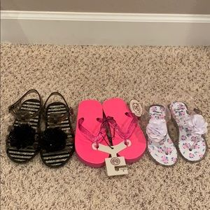 Set of toddler girl's sandals size 10